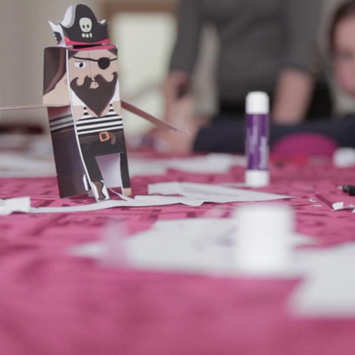 Atelier Paper Toys avec les enfants