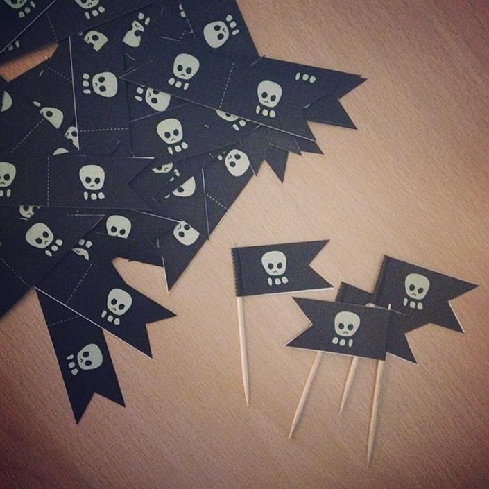 Petits fanions pirates